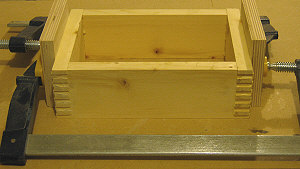Making box joints - clamping the box.