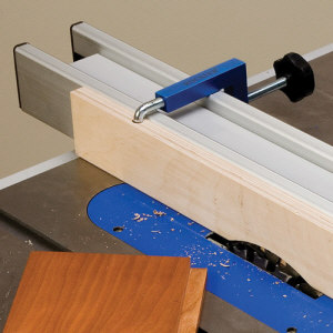 Sacrificial fence - universal Rockler fence clamp