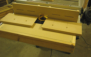 Router table fence - the two split fence pieces.