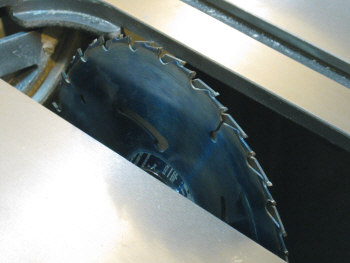 Table saw-inserts - Making a starter slot with circular saw blades.