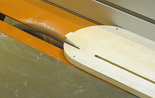 Table saw splitter - Extend the slot in the insert.