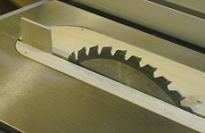 Table saw splitter - Insert with wooden splitter glued in.