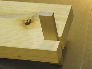 Box joint jig - index pin in test cut.