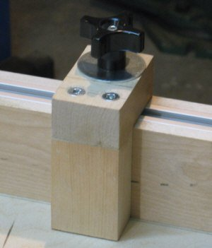 Crosscut sled - the finished stop block with it's hardware.